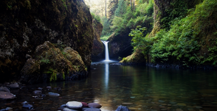 Punchbowl Falls Lower View